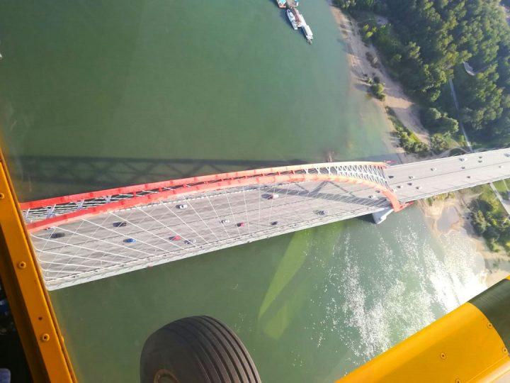Полет над Бугринским мостом